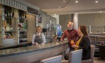 Bar-Maldron-Hotel-Belfast-International-Airport